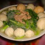 苔菜肉片煮丸子