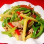 土豆青椒炒肉的做法