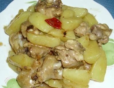 土豆烧鸡腿