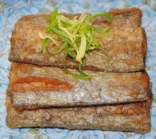 五香熏带鱼的做法