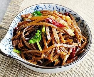 咸菜炒肉丝
