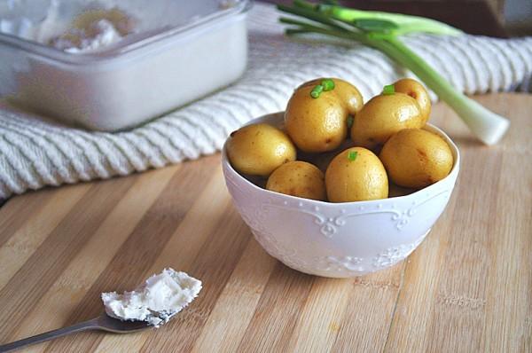 咸菜露新土豆