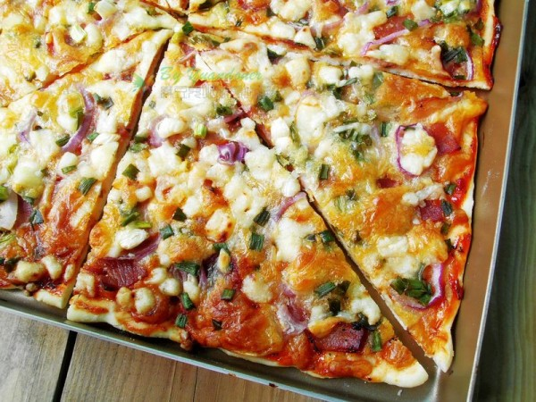香葱培根披萨的做法