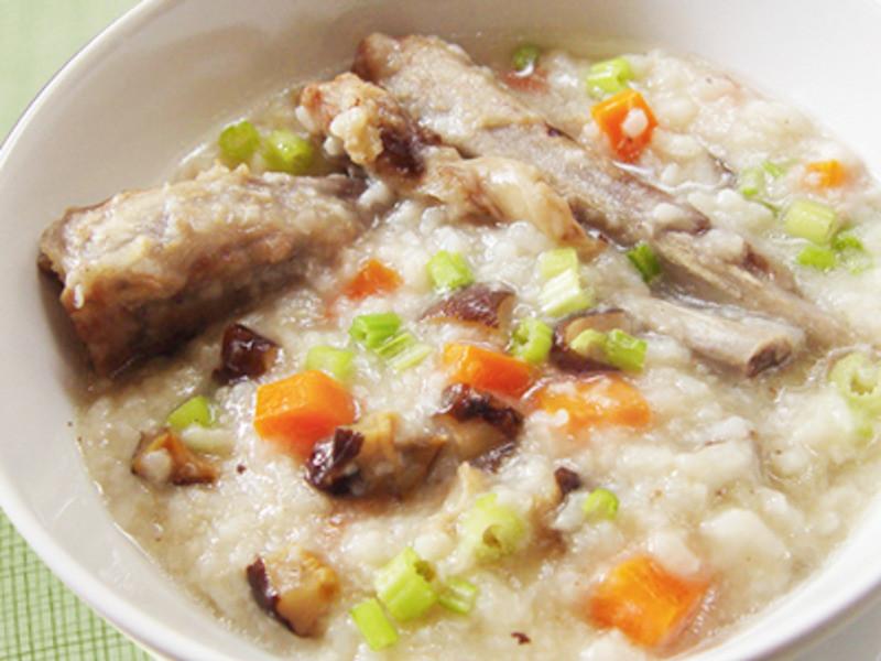香菇排骨炖粥