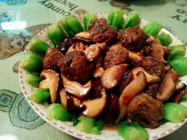 香菇青菜豆腐丸