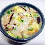香菇肉蛋粥