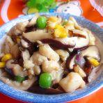 香菇杂蔬炒鸡丁