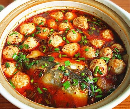 香辣砂锅鱼丸的做法