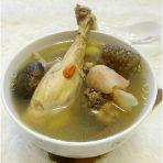 响螺肉海参鸡汤