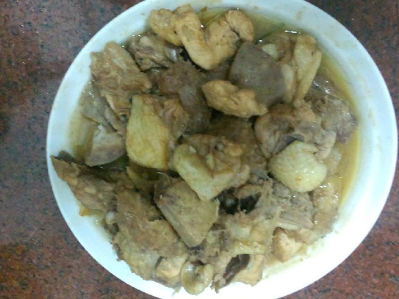 香酥芋头红烧鸡