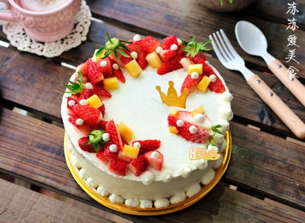 鲜果花环蛋糕