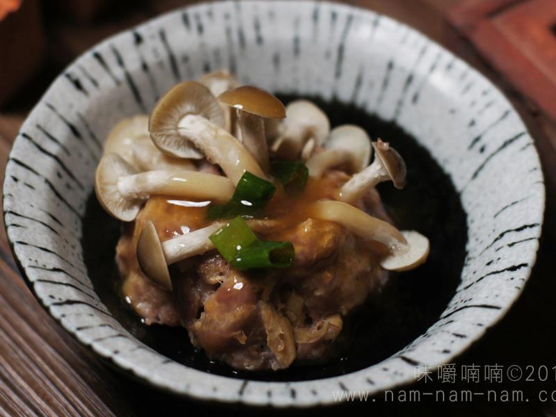 小菇丛肉饼