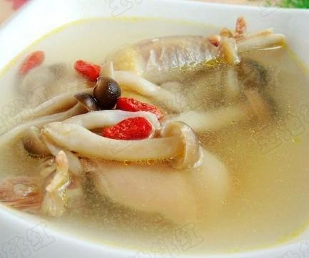 蟹味菇土鸡汤