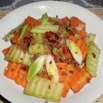 西兰花篼炒胡萝卜