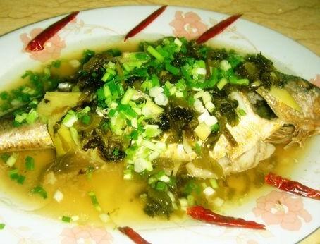 雪菜蒸黄鱼