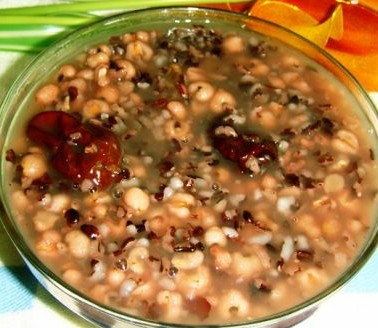 血糯米薏米红枣粥的做法