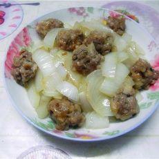 洋葱炒冬菇肉丸