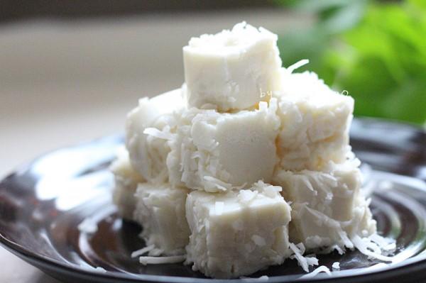 椰丝牛奶凉糕