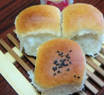 营养果仁小面包