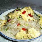 银芽炒蛋的做法