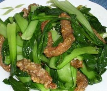 油菜炒酥肉