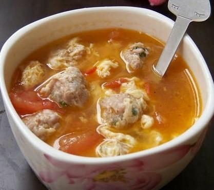 原创首发:番茄肉丸汤的做法