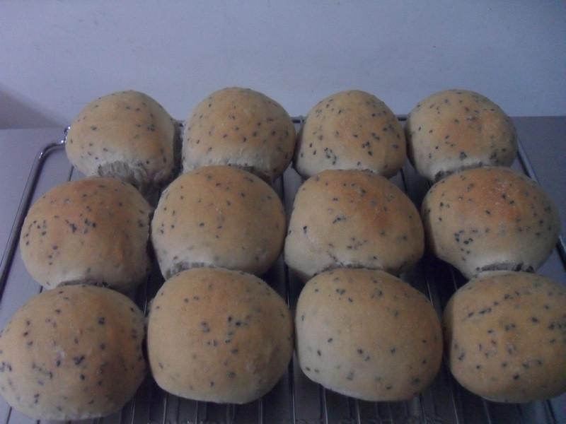 芝麻地瓜面包