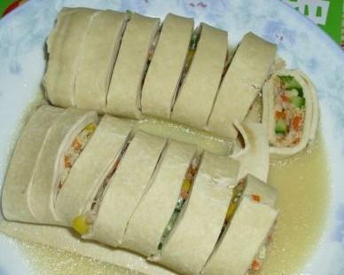猪肉黄瓜豆腐卷