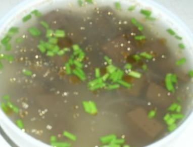 猪血粉条汤