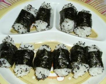 紫菜米饭卷的做法