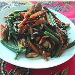 孜然炒红萝卜青豆的做法
