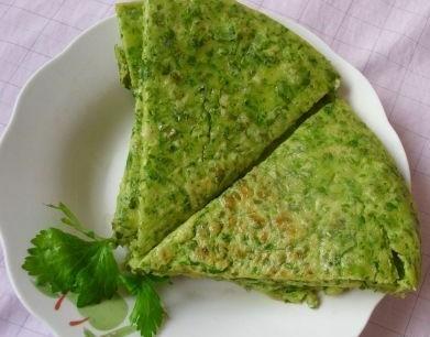 芹菜叶鸡蛋饼的食材